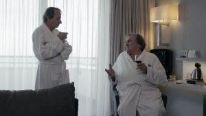 """Michel Houellebecq y Depardieu en la película """"Thalasso""""."""