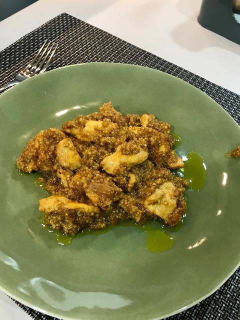 Pollo al curry con quinoa